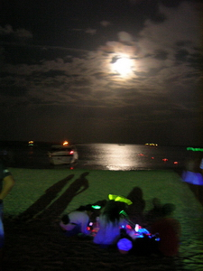 Full Moon Party Club